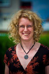 Dr Anne Smith